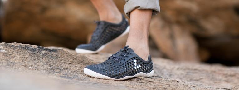 Rozdiel medzi barefoot a minimalistickými topánkami a2027ab9458